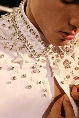 The Three Types Of Clothing Embellishments You Should Wear